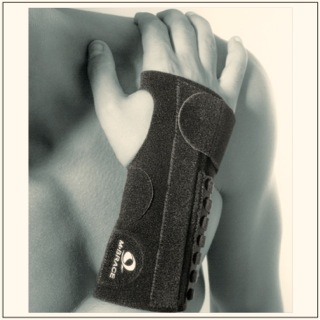 M-Brace AIR Wrist Splint #136