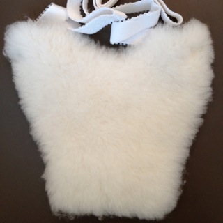 Sheepskin Medical Pads: Ostomy Pouch Skin Protector